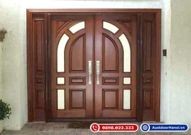 Mẫu cửa gỗ 4 cánh Cổ Điển đẹp nhất gỗ Óc chó