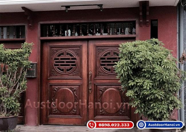 mẫu cửa gỗ 4 cánh đẹp nhất gỗ Giáng Hương phong cách Trung Quốc