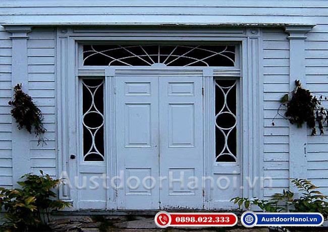 mẫu cửa gỗ 4 cánh đẹp nhất phong cách tân cổ điển