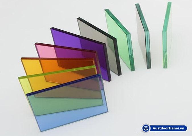 tấm kính nhựa acrylic là gì